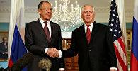 ABŞ-ın dövlət katibi Reks Tillerson Rusiyanın xarici işlər naziri Sergey Lavrovla