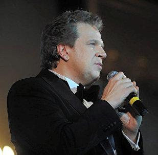 Солист оперного театра Московской консерватории Дмитрий Галихин