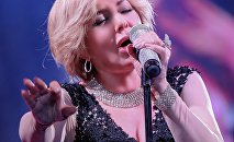 Иранская исполнительница азербайджанского происхождения Гугуш
