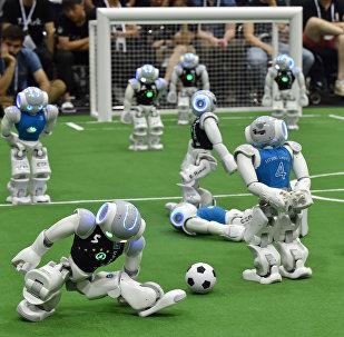 Futbol oynayan robotlar, arxiv şəkli