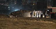 Кадры с места ЧП в аэропорту Стамбула, где загорелся частный самолет