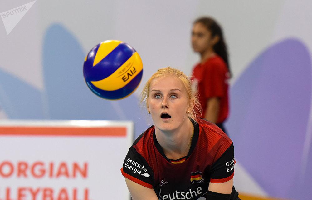 Русские волейболистки разбили турчанок начемпионате Европы
