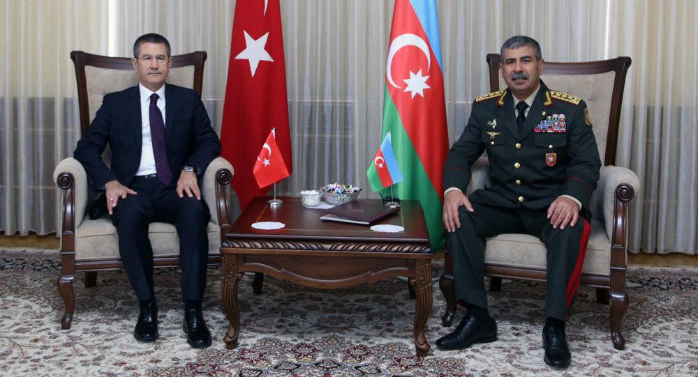 Министр обороны Турции: захваченные территории Азербайджана должны быть освобождены
