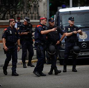 Barselonada polis əməkdaşları