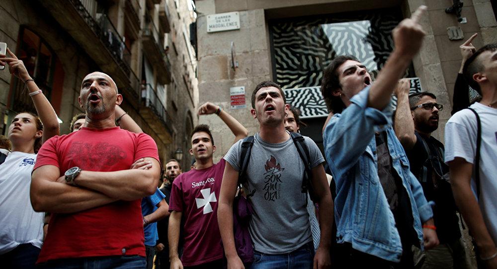 МИД Украины считает преступным референдум вКаталонии
