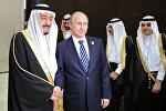 Президент России Владимир Путин и король Саудовской Аравии, председатель Совета министров королевства Саудовская Аравия Сальман бен Абдельзир Аль Сауд, фото из архива