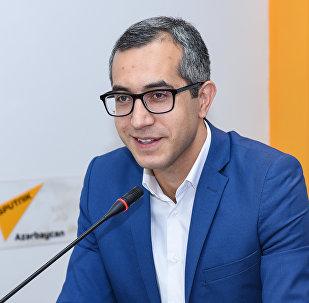 Эксперт в сфере образования Кямран Асадов в мультимедийном пресс-центре Sputnik Азербайджан