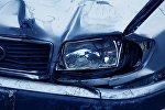 Qəzaya düşmüş Mercedes avtomobili, arxiv şəkli