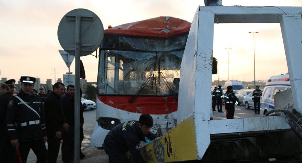 Qəza avtobus