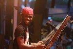 Музыкант африканского континента, гвинеец Секу Куятэ