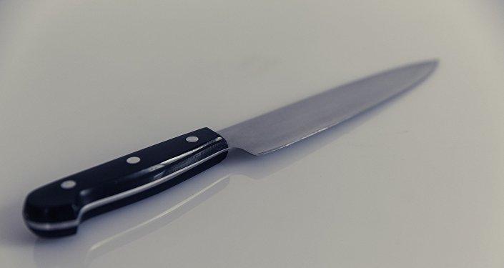 Удар ножом, фото из архива