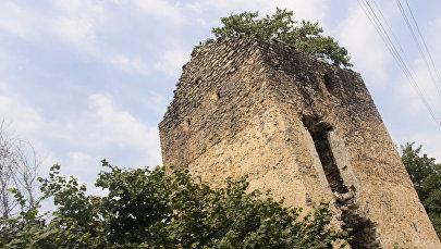 Старинная крепость XVII века в селе Катех Балакенского района