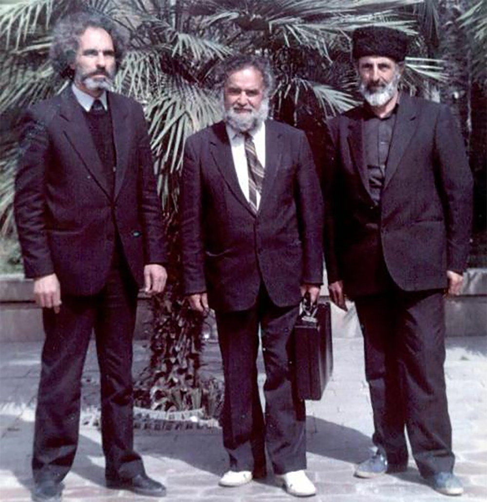 Эльчибей, Халил Рза Улутурк и брат Абульфазбека Алмурад Ага. Апрель 1989 г.
