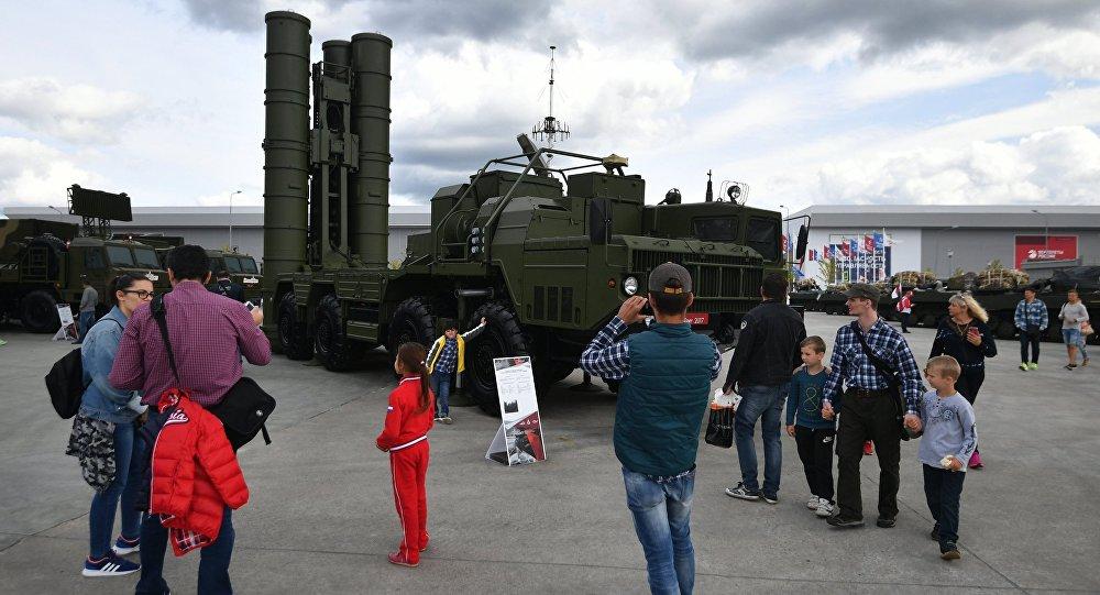 S-400 zenit raket kompleksi