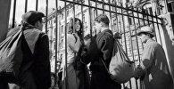 Эпизод из фильма Михаила Калатозова Летят журавли. Татьяна Самойлова в роли Вероники, 1958 год