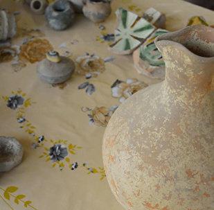 В курганах Джалилабада обнаружен клад