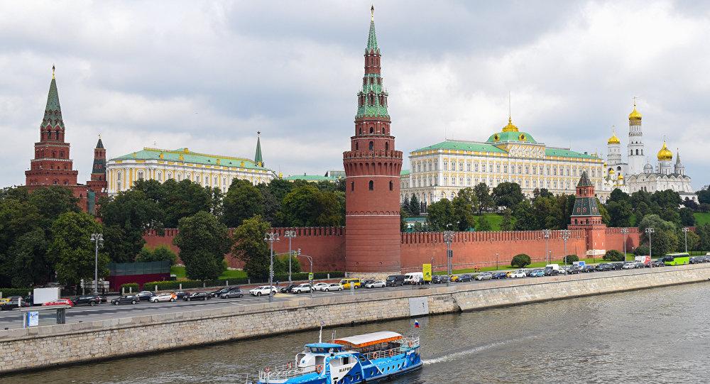 Вид на московский кремль с большого каменногомоста, фото из архива