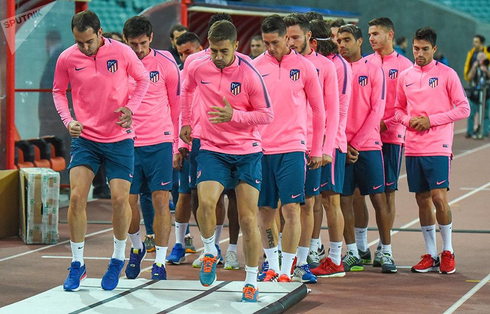 «Карабах» набрал первые очки вфутбольной Лиге чемпионов, сыграв вничью с«Атлетико»