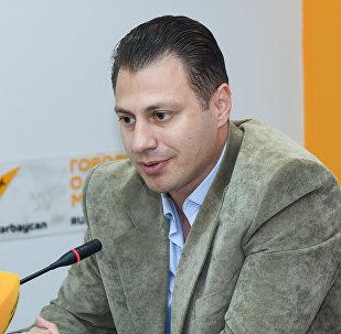 Политолог Анар Садыхов