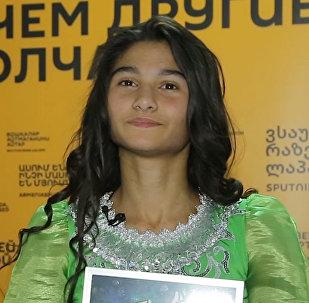 Эмоции от выступления участницы Ты супер! Танцы от Азербайджана