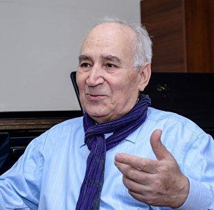 Народный артист Азербайджана, тарист Рамиз Гулиев