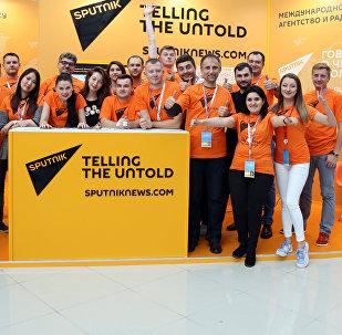 Сотрудники Sputnik на фестивале молодежи в Сочи