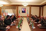 Министр обороны Азербайджана генерал-полковник Закир Гасанов встретился с делегацией, возглавляемой заместителем министра обороны и поддержки ВС ИРИ генерал-майором Ходжатуллахом Горейши