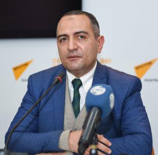 İqtisadçı Ruslan Atakişiyev