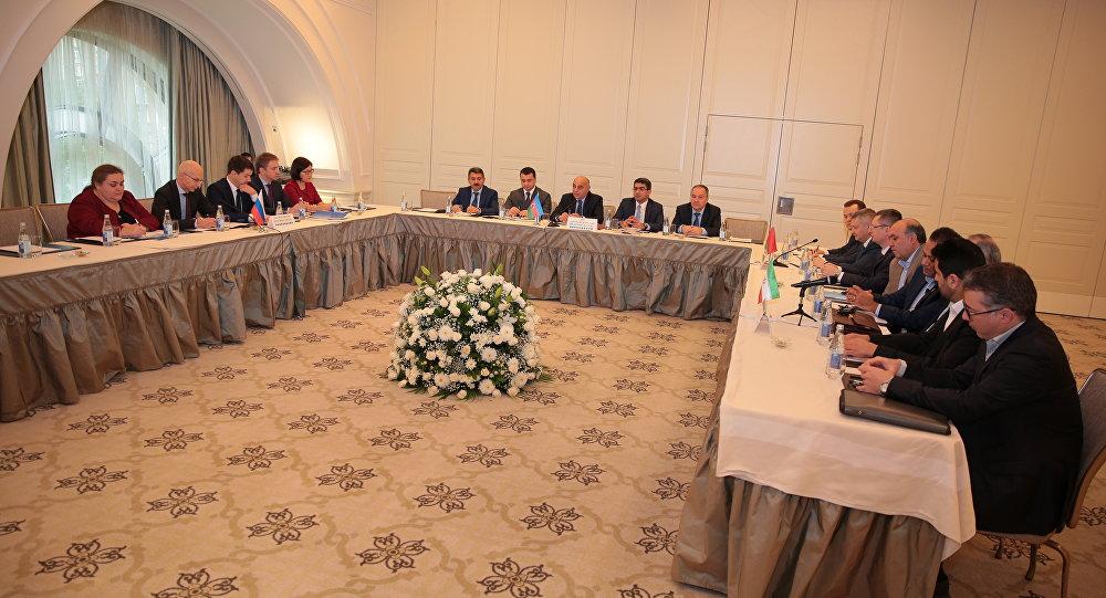 В Баку проходит четырехсторонняя встреча Рабочей группы по развитию западного направления международного транспортного коридора Север-Юг