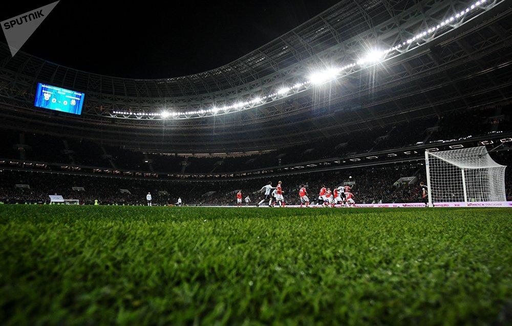 Игровой момент товарищеского матча между сборными командами России и Аргентины.