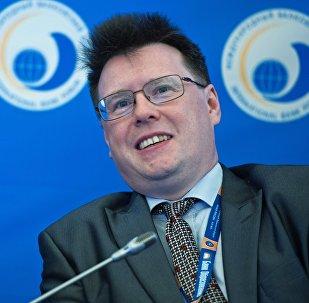 Директор Аналитического департамента ИК РЕГИОН Валерий Вайсберг