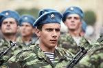 Военный парад в Ереване в день независимости