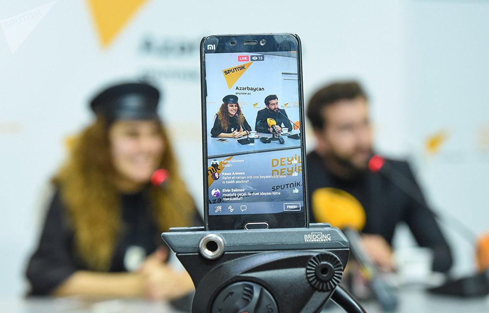 Пресс-конференция азербайджанской певицы Чинары Меликзаде в мультимедийном пресс-центре Sputnik Азербайджан