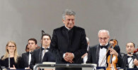 Дирижер Рауф Абдуллаев, фото из архива