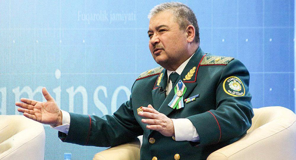 Министр обороны Узбекистана посещает Азербайджан