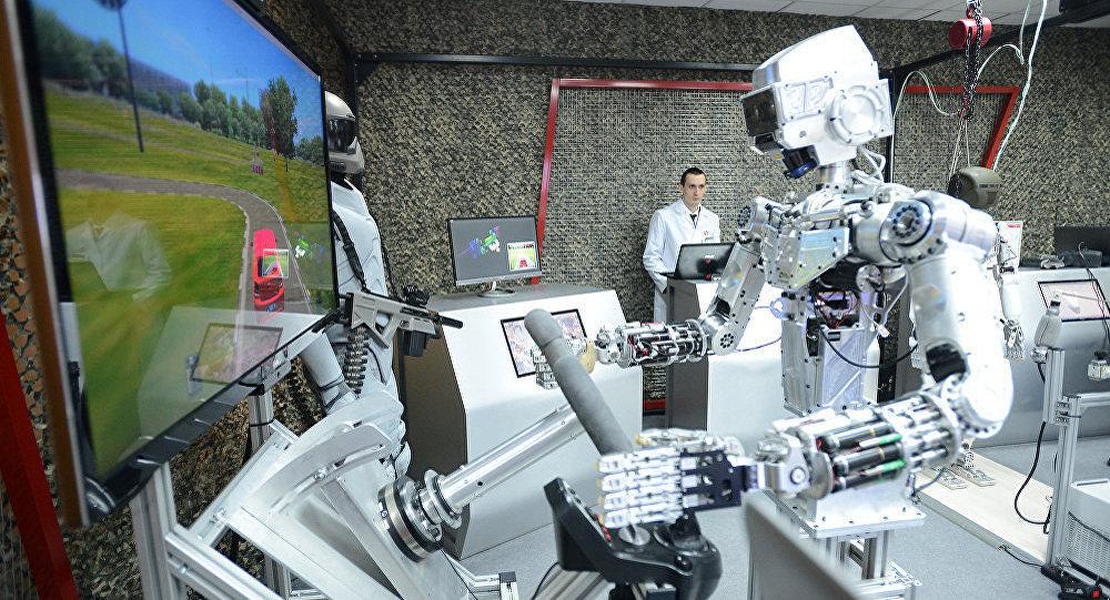 Робот, фото из архива