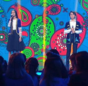 Кямран Мамедов и Хумай Эминзаде (дуэт Buta) на международном музыкальном проекте Во весь голос
