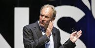 """""""Ümumdünya Hörümçək Toru""""nun ixtiraçısı Tim Berners Li"""
