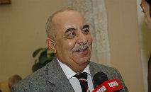 Актер театра и кино Яшар Нури