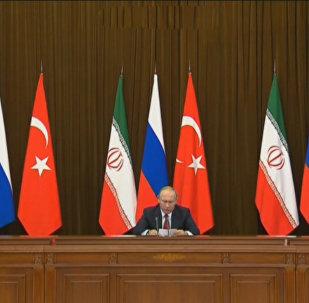 LIVE: Заявление для прессы лидеров России, Ирана и Турции по итогам встречи в Сочи