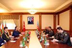 Министр обороны Азербайджана встретился с командующим Военно-воздушными силами Турции