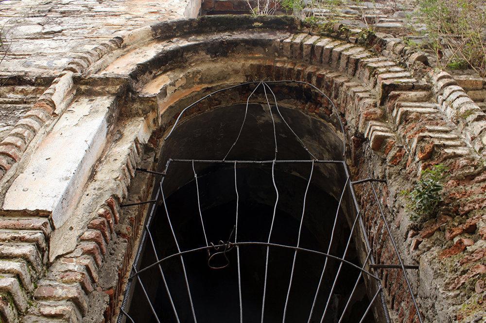 Zaqatala şəhərinin mərkəzindəki qədim Alban kilsəsi