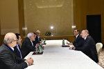 Президент Ильхам Алиев на встрече с главой МИД Ирана Мохаммадом Джавадом Зарифом