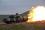 Silahlı Qüvvələrin bütün tank bölmələrində döyüş atışlı məşqlər keçirilir.