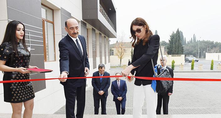 Первый вице-президент Мехрибан Алиева на открытии нового здания Музыкальной школы имени Ростроповичей