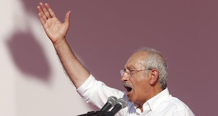 Türkiyənin Cümhuriyyət Xalq Partiyasının lideri Kamal Kılıcdaroğlu