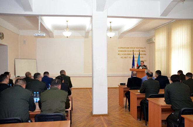 Мобильная Учебная Группа Командования Объединенных Сил НАТО в Брунсуме проводит в Баку учебный курс на тему Совместная операция и оценка