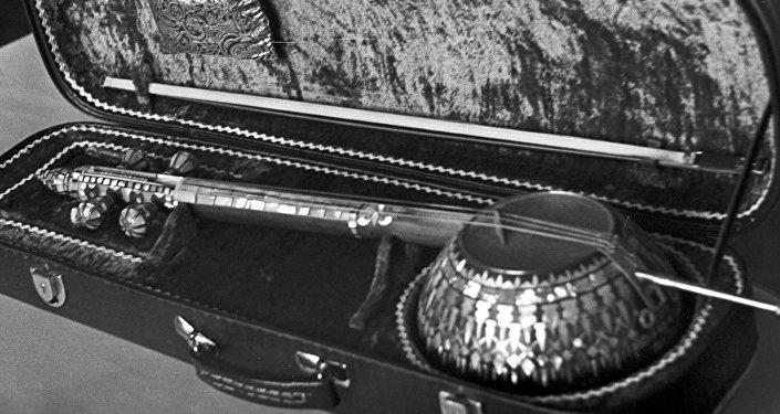 Кяманча, фото из архива