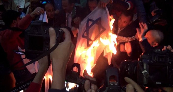 Демонстрации мусульман в мире против признания США Иерусалима столицей Израиля