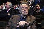 Народный артист СССР Леонид Броневой, архивное фото